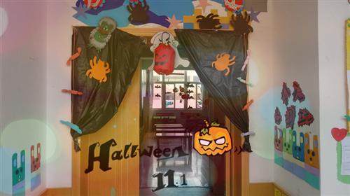 幼儿园首页 海马班 -> 班级小广播            今年的万圣节过的真